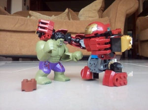 Hulk vs Ironman | Edu Xavier 2016